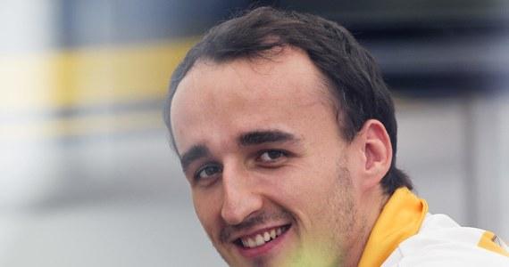 Robert Kubica przez cały dzień jeździł bolidem Formuły 1 teamu Williams model 2014 na brytyjskim torze Silverstone. Testy Polaka, które kilka dni wcześniej zespół zapowiadał, były zamknięte dla mediów i kibiców.
