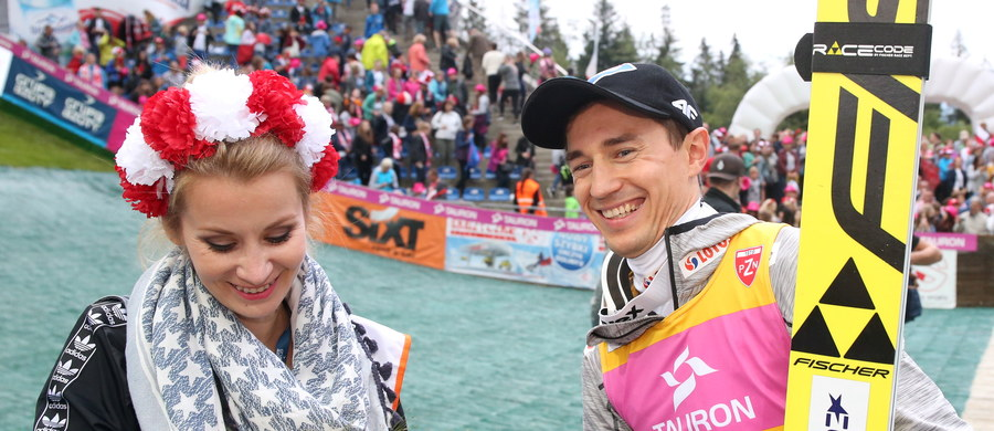Dziewięciu Polaków wystąpi w dzisiejszym konkursie indywidualnym FIS Letniej Grand Prix w skokach narciarskich w Wiśle Malince. W piątek biało-czerwoni triumfowali w zawodach drużynowych.