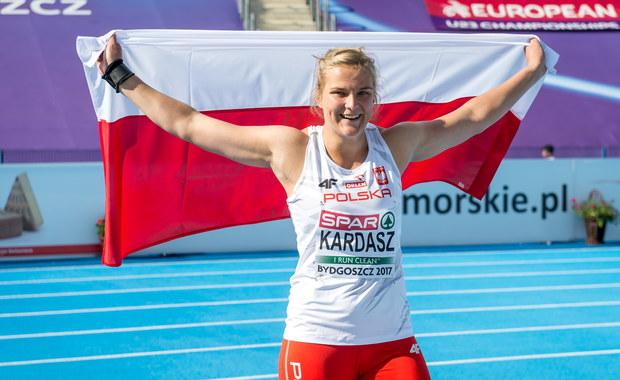 Polscy lekkoatleci zdobyli w sobotę w Bydgoszczy dwa medale 11. mistrzostw Europy do lat 23. Srebrny w pchnięciu kulą wywalczyła Klaudia Kardasz, a brązowy w biegu na 1500 m Michał Rozmys. W sumie mają ich pięć.