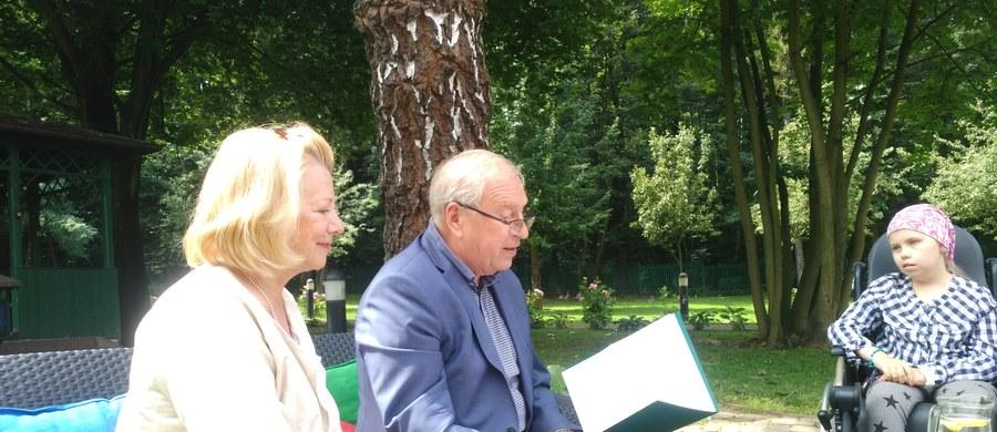 Zakończył się II turnus Urtica Dzieciom Camp. Trwa jednak zbiórka pieniędzy na kolejne takie terapeutyczne wyjazdy dla dzieci zmagających się z chorobą nowotworową i ich rodziców. Ambasadorem Urtica Dzieciom Camp jest prof. Jerzy Stuhr, który spotyka się z uczestnikami turnusów w Krakowie.