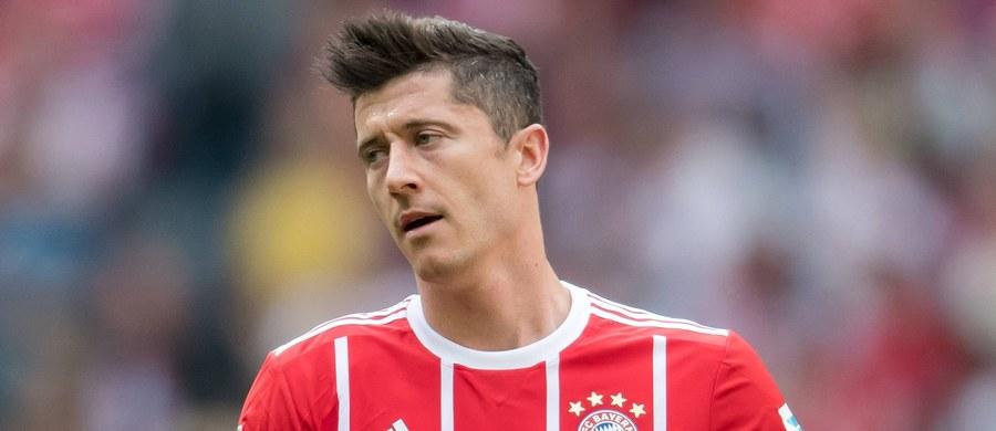 W spotkaniu rozgrywanym w ramach  towarzyskiego Turnieju Mistrzów, Arsenal pokonał po serii rzutów karnych Bayern Monachium 3:2. W regulaminowym czasie padł remis 1:1, a bramkę z jedenastu metrów zdobył Robert Lewandowski.