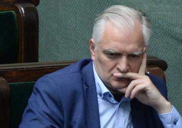 Sejm przyjął ustawę o SN. Wymowne zdjęcie Jarosława Gowina