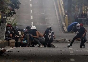 Starcia z policją podczas strajku w Wenezueli. Dwie osoby nie żyją