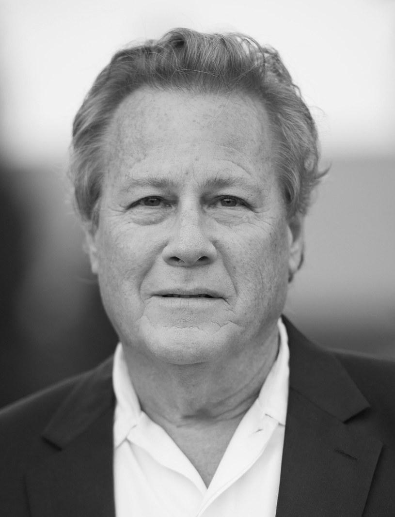 """Nie żyje John Heard, aktor najlepiej znany z roli ojca tytułowego bohatera w filmach """"Kevin sam w domu"""" i """"Kevin sam w Nowym Jorku"""". Artysta miał 72 lata. Na razie nie są znane przyczyny jego śmierci."""