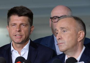 """""""Czarne chmury nad Polską"""". Reakcja PO i Nowoczesnej na oświadczenie KE"""