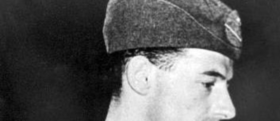 """Krewni Raoula Wallenberga pozywają rosyjską służbę bezpieczeństwa FSB i domagają się wydania pełnej dokumentacji na temat losu dyplomaty, który zaginął w Budapeszcie w 1945 roku, tuż po wkroczeniu do stolicy Węgier Armii Czerwonej. Chcą poznać losy krewnego, nazywanego """"Aniołem Budapesztu""""."""
