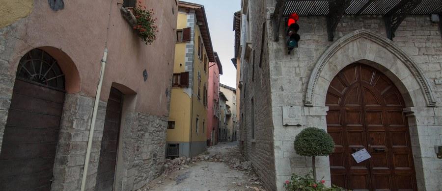 Sędzia z miasta Macerata w regionie Marche w środkowych Włoszech powołała tłumacza z dialektu neapolitańskiego na język włoski. To pierwsza taka decyzja podjęta w czasie procesu karnego we Włoszech.