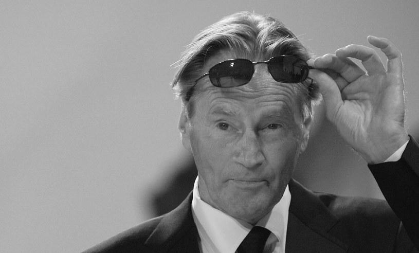 """Zmarł amerykański aktor i dramaturg Sam Shepard  - poinformował w poniedziałek rzecznik jego rodziny Chris Boneau. Polska publiczność znała go między innymi z takich filmów jak """"Helikopter w ogniu"""" czy """"Raport Pelikana"""". Shepard miał 73 lata."""