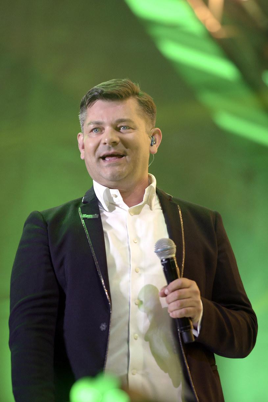 Poznaliśmy szczegóły drugiej edycji imprezy pod nazwą Roztańczony PGE Narodowy. 23 września w Warszawie nie zabraknie największych gwiazd disco polo i muzyki tanecznej.