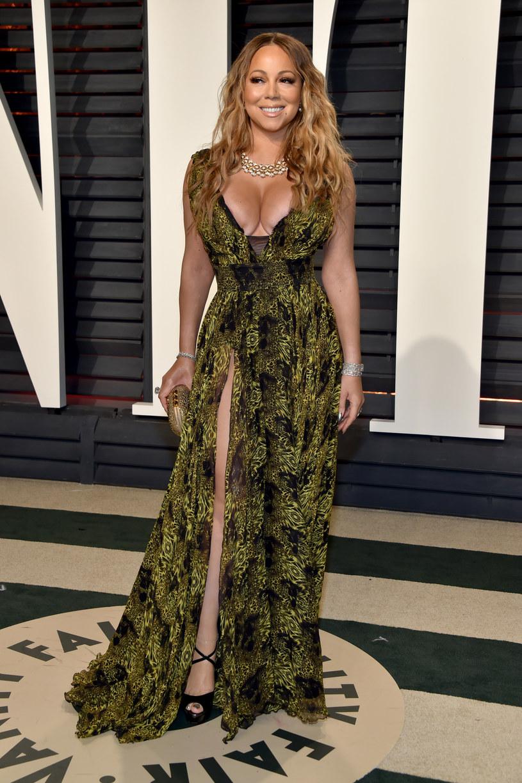 Podczas koncertu Mariah Carey w Los Angeles na scenie do wokalistki dołączyła jej córeczka Monroe, która wraz z mamą zaśpiewała fragment jednej z jej piosenek.