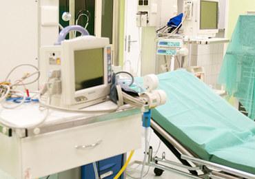 """""""Nadchodzi onkologiczne tsunami"""". Lekarze ostrzegają i proponują zmiany"""