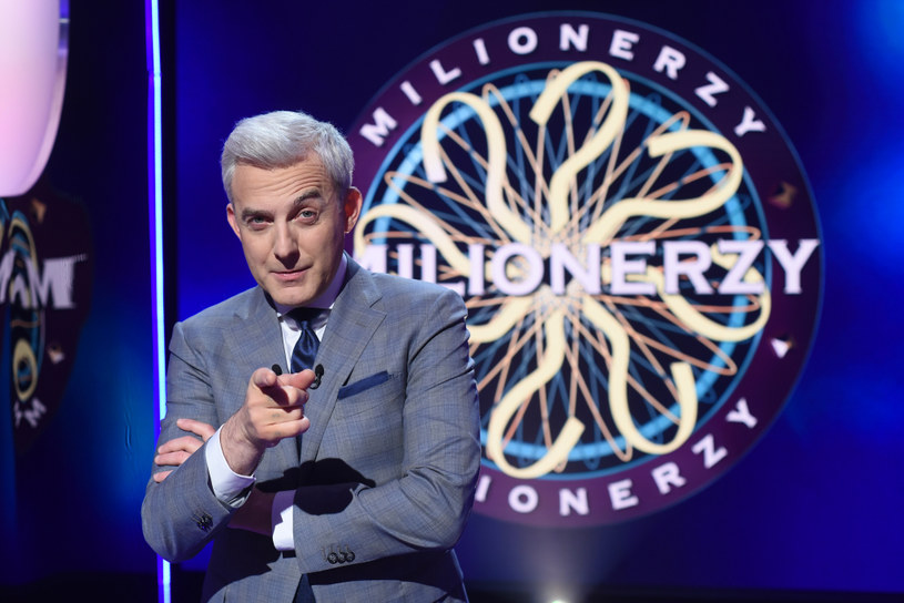 """Teleturniej """"Milionerzy"""" powróci do ramówki TVN-u w poniedziałek, 4 września. Gospodarzem programu będzie Hubert Urbański"""