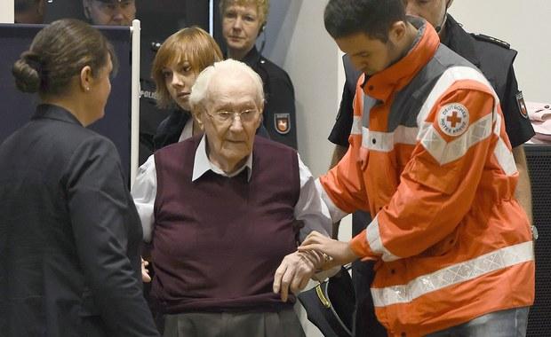 Skazany były strażnik z niemieckiego nazistowskiego obozu koncentracyjnego i zagłady Auschwitz Oskar Groening ma odbyć orzeczoną karę więzienia - poinformowała niemiecka prokuratura.