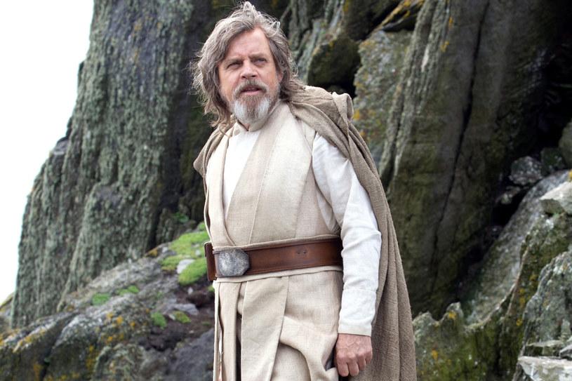 """Mark Hamill przyznał w niedawnym wywiadzie, że grany przez niego Luke Skywalker, którego zobaczymy w nadchodzącej części """"Gwiezdnych wojen"""", będzie się znacząco różnił od tego, którego widzowie pamiętają z pierwszej trylogii."""