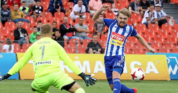Wisła Płock pokonała 1:0 Sandecję Nowy Sącz w piątej kolejce piłkarskiej Ekstraklasy. Mecz rozegrano go w Niecieczy, gdzie beniaminek ekstraklasy rozgrywa spotkania jako gospodarz.