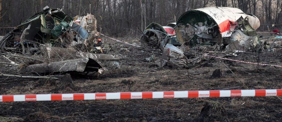 Do Instytutu Nauk Sądowych Irlandii Północnej (FSNI) przekazana została pierwsza partia próbek pobranych w czasie ekshumacji i sekcji zwłok ofiar katastrofy smoleńskiej - poinformowała PAP Prokuratura Krajowa. Badania będą dotyczyć ewentualnych pozostałości materiałów wybuchowych.
