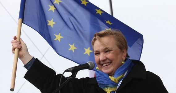 Jako wnuk więźnia niemieckiego obozu koncentracyjnego oczekuję od pani poseł publicznych przeprosin lub złożenia mandatu.