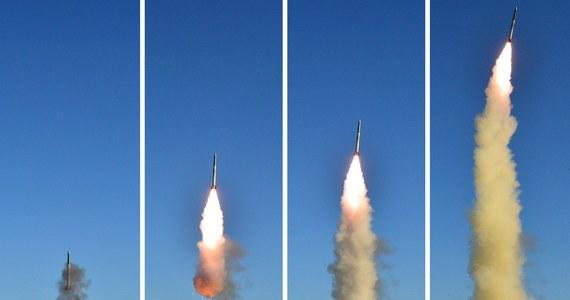 Korea Północna najpewniej jest w stanie samodzielnie produkować silniki rakietowe – twierdzą przedstawiciele amerykańskiego wywiadu, cytowani we wtorek przez agencję Reutera. Według nich dane wywiadowcze sugerują, że nie jest uzależniona od importu tego sprzętu.