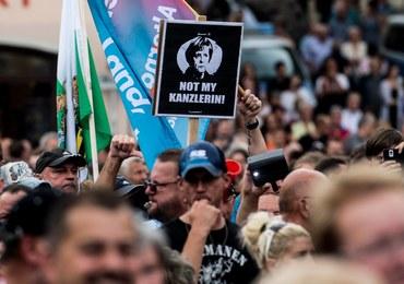 Angela Merkel wygwizdana i obrzucona wyzwiskami