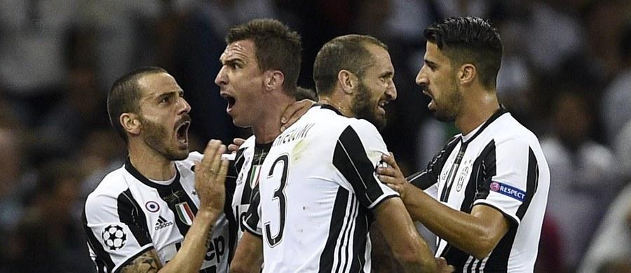 """Juventus Turyn zdobywa piłkarskie mistrzostwo Włoch nieprzerwanie od 2012 roku. Tym razem """"Stara Dama"""" też jest głównym faworytem, ale rywale będą chcieli skuteczniej naciskać na zespół z Turynu. Liga włoska to w tym sezonie także silne polskie akcenty. Pierwsze dwa mecze nowego sezonu już dziś."""