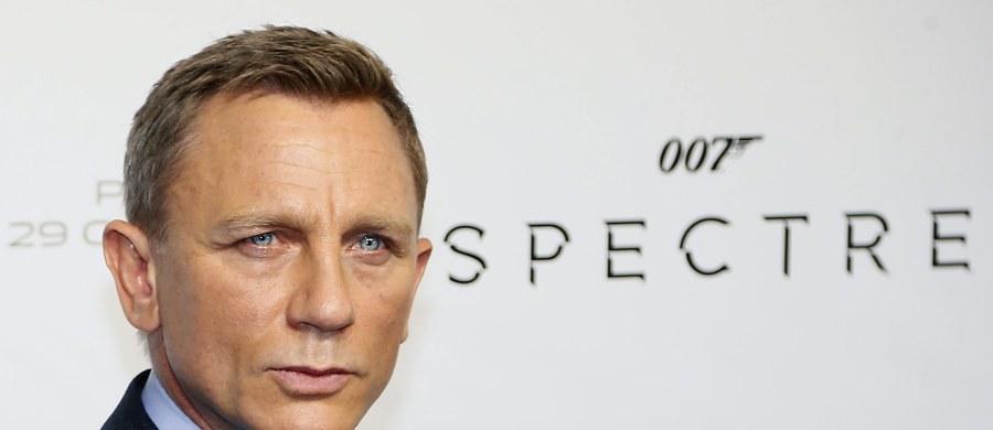 """Daniel Craig mocno ograniczy wyczyny kaskaderskie w nowym Bondzie - podaje """"The Mirror"""". Aktor miał obiecać to żonie, która martwi się o jego zdrowie."""