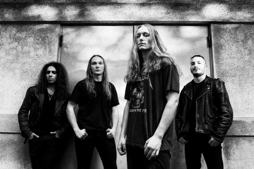 Muzycy londyńskiego Savage Messiah podpisali kontrakt z niemiecką Century Media Records.