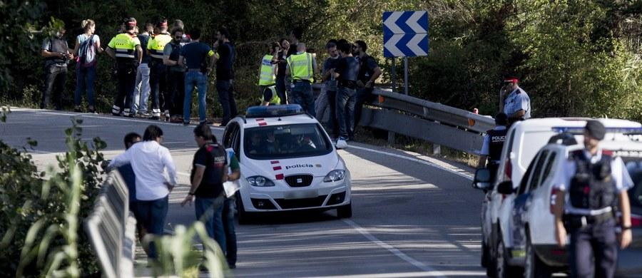 Katalońska policja potwierdziła, że zabiła domniemanego sprawcę zeszłotygodniowego zamachu w Barcelonie Junesa Abujakuba podczas operacji w miejscowości Subirats, ok. 50 km na zachód od Barcelony. Terrorystę zastrzelono po czterech dniach poszukiwań.