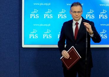 Mularczyk do Macrona: Doprowadzisz Pan do bojkotu w Polsce francuskich towarów