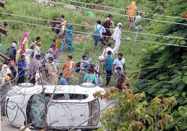 Protestowali przeciwko skazaniu za gwałt guru sekty. W zamieszkach zginęło 30 osób
