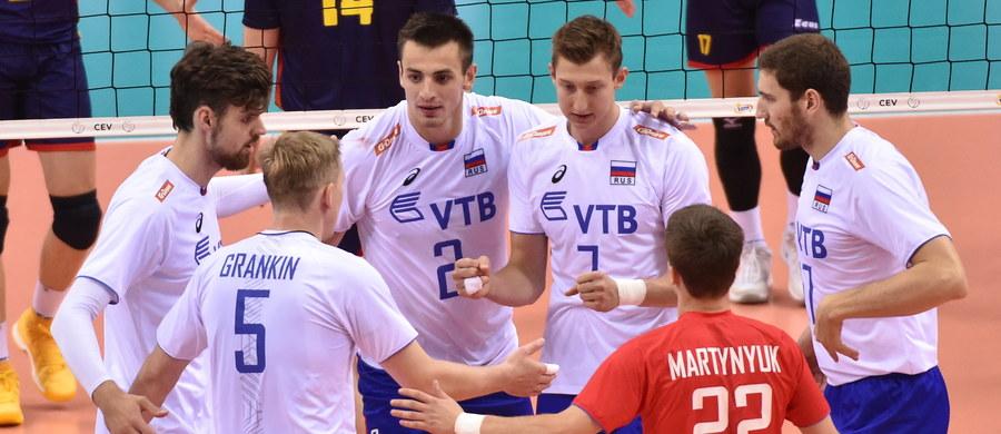Reprezentacja Rosji pokonała w Krakowie Hiszpanię 3:0 (25:19, 25:13, 25:23) w ostatnim meczu grupy C rozgrywanych w Polsce mistrzostw Europy siatkarzy i zapewniła sobie awans do ćwierćfinału z pierwszego miejsca.
