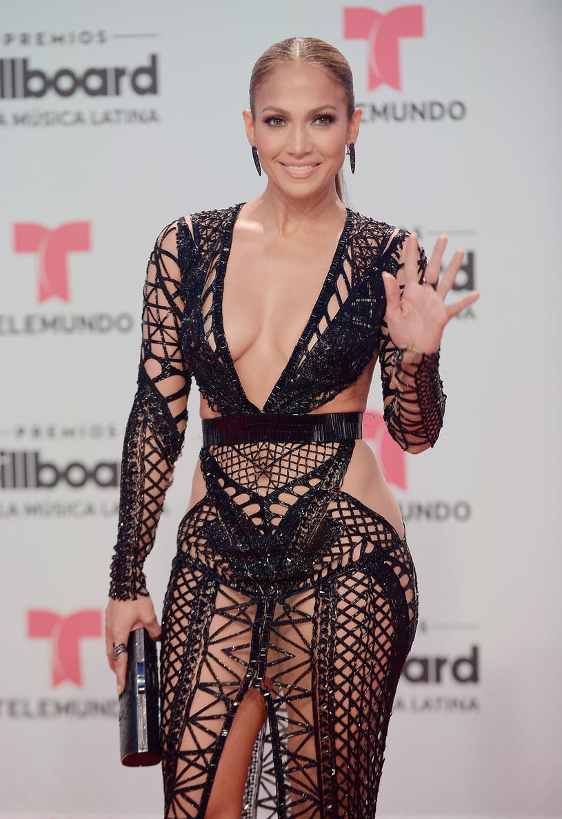 Jennifer Lopez pozostanie rezydentką w Planet Hollywood do 2018 roku. Wokalistka przedłużyła swój kontrakt.