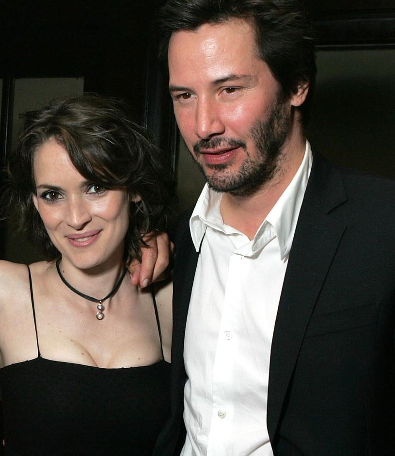 """To pierwsze po latach zawodowe spotkanie Winony Ryder i Keanu Reevesa. Aktorzy wystąpili w filmie """"Destination Wedding""""."""