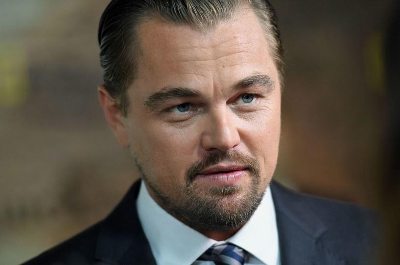 Leonardo DiCaprio to kolejna gwiazda, która finansowo wsparła poszkodowanych przez huragan Harvey. Aktor przeznaczył na pomoc ofiarom milion dolarów.