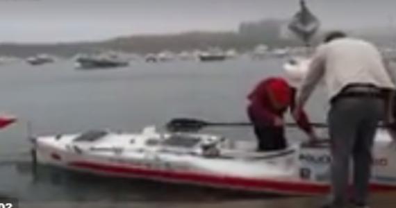 """Aleksander Doba, który 7 maja wystartował z zatoki Sandy Hook w Nowym Jorku kajakiem """"Olo"""", w niedzielę wyszedł na ląd we francuskim Le Conquet. To trzecia transatlantycka wyprawa blisko 71-letniego podróżnika."""