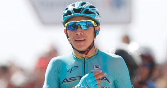 Kolumbijczyk Miguel Angel Lopez (Astana) wygrał po samotnym finiszu 15. etap wyścigu Vuelta a Espana. Prowadzenie w imprezie utrzymał Chris Froome (Sky). Brytyjski kolarz był piąty i o sześć sekund - do 1.01 - powiększył przewagę nad Włochem Vincenzo Nibalim.