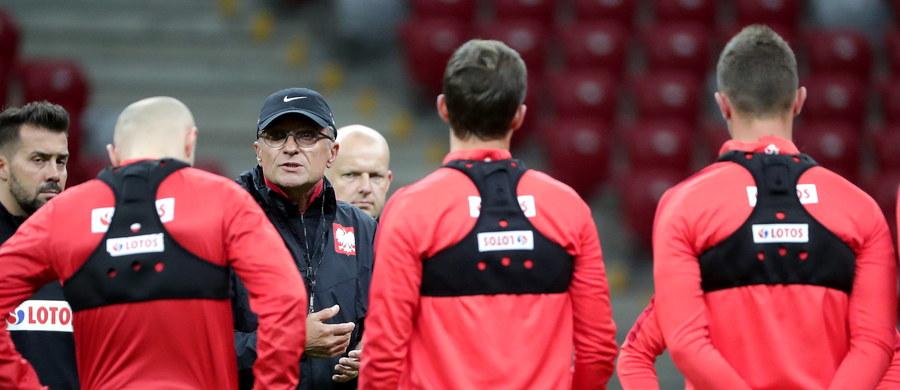 Piłkarze reprezentacji Polski w wieczornym meczu z Kazachstanem na PGE Narodowym w Warszawie będą mieli okazję do rehabilitacji po dotkliwej porażce z Danią 0:4. Zwycięstwo przybliży ich do awansu na przyszłoroczne mistrzostwa świata w Rosji.