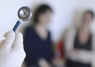 Włoszczowa: Lekarz zasłabł przed dyżurem i zmarł. Prokuratura wyjaśnia okoliczności
