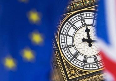 """""""Guardian"""": MSW chce ograniczenia migracji z UE po Brexicie"""