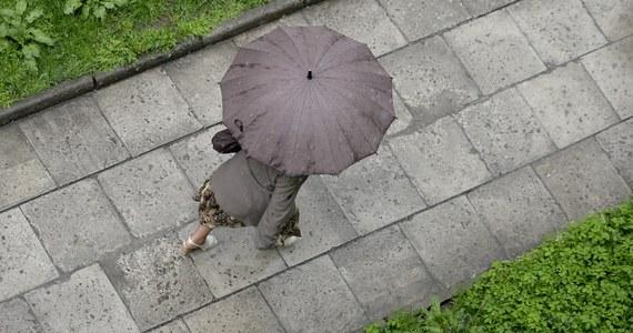 Deszczowa aura da nam się we znaki jeszcze tylko dziś. W czwartek i w piątek nie będzie padać przeważającym obszarze kraju.