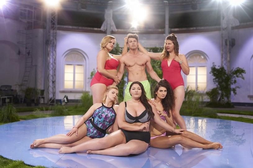 """Pierwszy odcinek nowego programu Polsatu """"#Supermodelka Plus Size"""" oglądało 1,74 milionów widzów. Konkurencyjny show TVN-u - """"Azja Express 2"""" - przyciągnął przed ekrany 1,29-milionową widownię."""