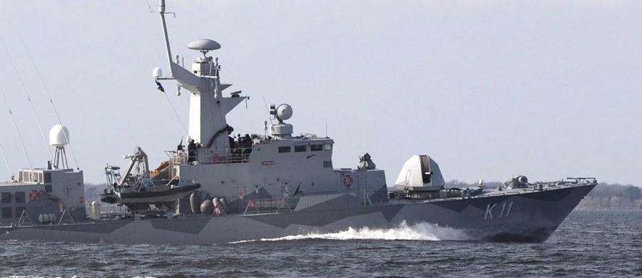 Szwedzka policja wszczęła postępowanie w sprawie śmierci polskiego marynarza, który zginął w piątek wieczorem w porcie w Karlskronie na południu kraju podczas przygotowań do manewrów wojskowych Northern Coasts 2017.