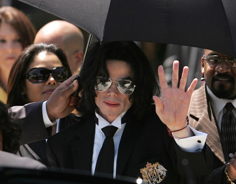 """29 września do sklepów trafi płyta """"Scream"""" złożona z samych tanecznych przebojów Michaela Jacksona."""