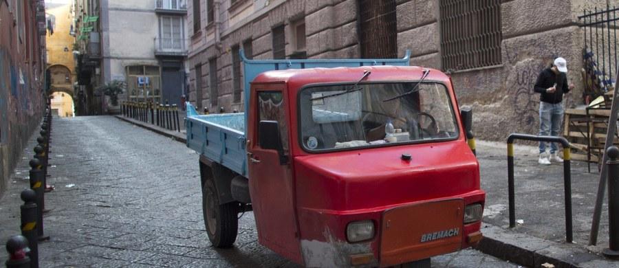 """W Mediolanie ogłoszono alarm w związku z zagrożeniem terrorystycznym - pisze """"Ill Messaggero"""". Gazeta ujawnia, że niebezpieczeństwo wzrosło, bo w ostatnich dniach ukradziono tam trzy furgonetki. Są obawy, że mogą zostać wykorzystane w zamachu."""