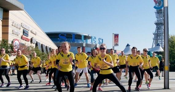 1 października na starcie staną uczestnicy kolejnej już edycji PKO Silesia Marathon – największej imprezy biegowej na Śląsku. Zapisy dla chętnych trwały od sierpnia. Organizatorzy przygotowali atrakcje dla sportowców, którzy będą rywalizować w maratonie i półmaratonie oraz dla tych, którzy dzień przed główną imprezą, będą chcieli się zmierzyć z trasą Mini Silesia Marathonu. Do wygrania jest m.in. puchar Radia RMF FM.