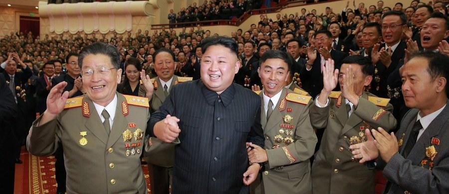 """""""Moja delegacja stanowczo potępia i kategorycznie odrzuca ostatnią nielegalną i bezprawną rezolucję Rady Bezpieczeństwa ONZ"""", nakładającą sankcje na Koreę Północną - oświadczył ambasador tego kraju przy Konferencji Rozbrojeniowej ONZ w Genewie."""