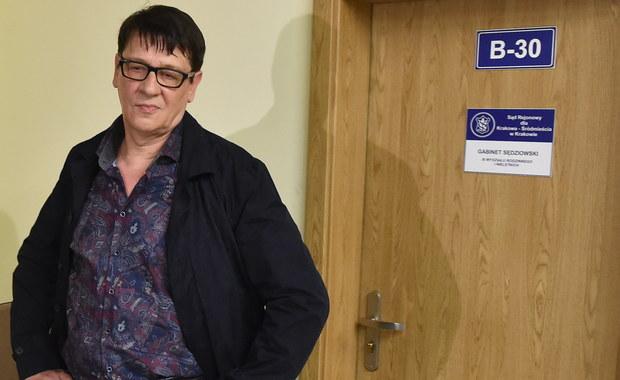 Przed krakowskim sądem rozpoczął się proces, jaki muzykowi Maciejowi Maleńczukowi wytoczył działacz Fundacji Pro-Prawo do życia. Oskarżenie dotyczy naruszenia nietykalności osobistej podczas pikiety antyaborcyjnej. Muzyk nie przyznał się do winy.