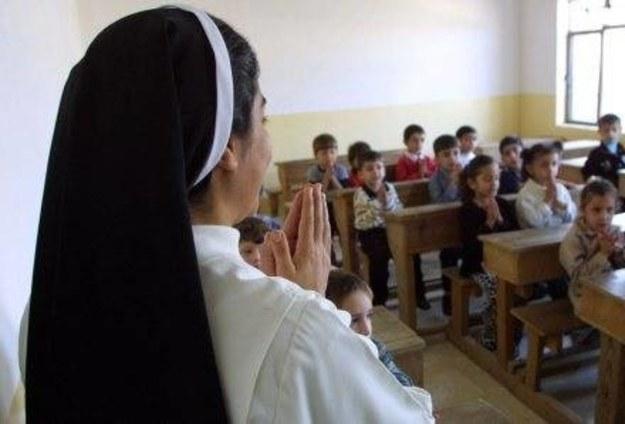 Spadek liczby dzieci chodzących na religię. Kuria szuka przyczyn