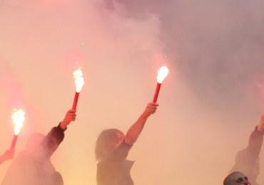 Zadymy przed meczem Ruch Chorzów-GKS Tychy. Ranny został policjant