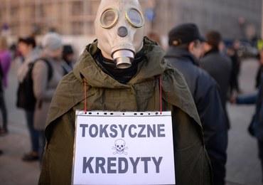"""Frankowicze proszą Jarosława Kaczyńskiego o spotkanie. """"Najwyższy czas posprzątać sektor finansów"""""""