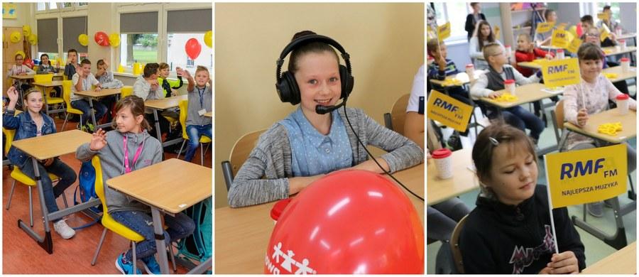 To był wyjątkowy wrzesień dla uczniów pięciu szkół, biorących udział w akcji charytatywnej Lepsze Jutro z RMF FM. Placówki w Bukowinie na Lubelszczyźnie, Boguszowie-Gorcach na Dolnym Śląsku, Kluczborku na Opolszczyźnie, w warmińsko-mazurskim Morągu i małopolskich Raciechowicach otrzymały od naszego Radia supernowoczesne, profesjonalnie wyposażone pracownie przedmiotowe!